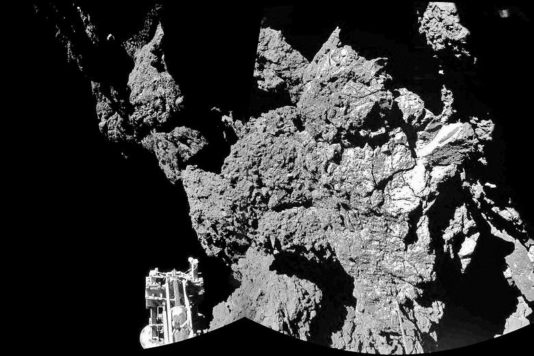 Philae Found in a Rocky Ditch on Comet 67P/Churyumov ...
