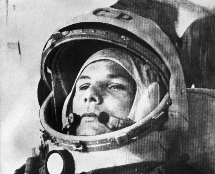 first man in space nasa - photo #15